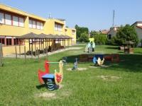"""2-esterno scuola dell'Infanzia """"E. Cornaro 2"""""""